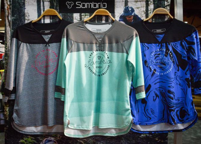 Pinkbike Previews Sombrio 2017 Women's Collection - including the 3/4 sleeve Noble Jersey